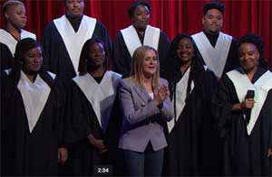 Samantha Bee, Harlem Choir prays to do more than praying