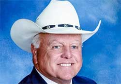Texas Agriculture Commissioner Sid Miller gonna slap your Happy Holiday face