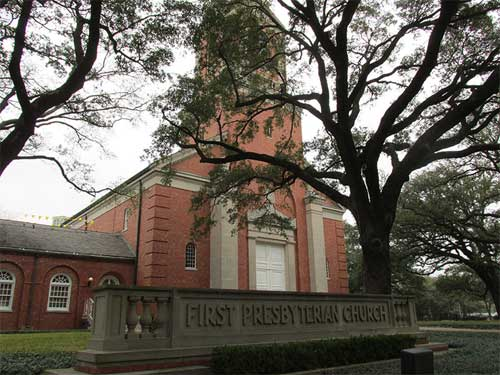 Vote fails to split First Presbyterian Church