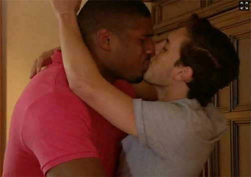 nfl michael sam kisses boyfriend